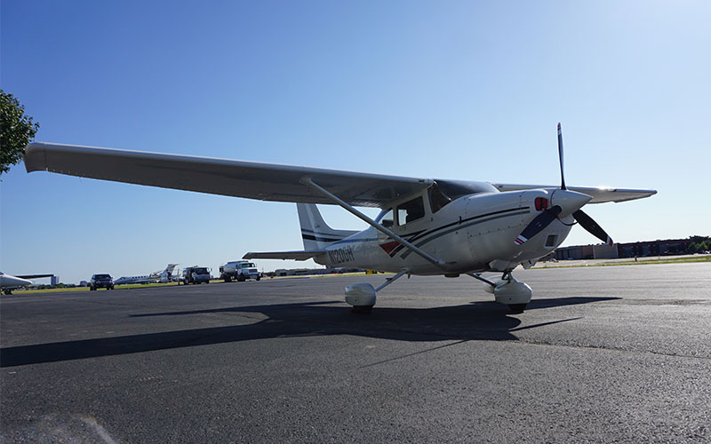 WTLF - Rent My Cessna 182